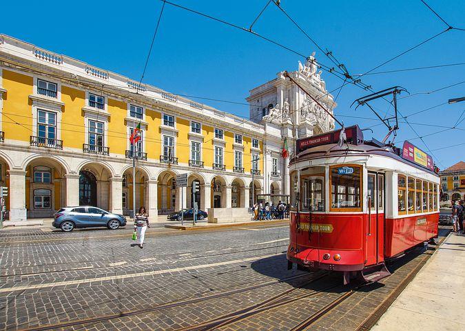 Tramway a Lisbonne vacances au Portugal